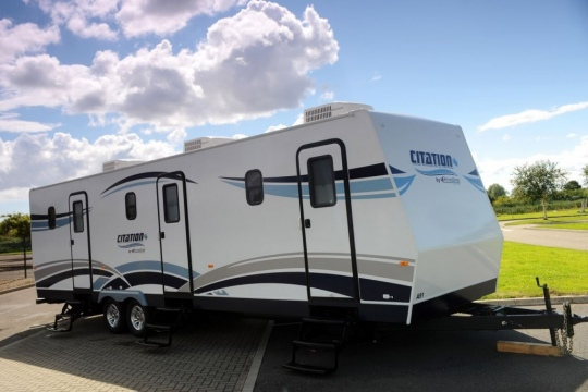 Basecamp Services - 3-Way Artiste Trailers